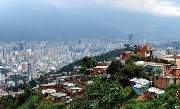 Los médicos cubanos están en toda Venezuela, no importa si es cerro, campo o ciudad.