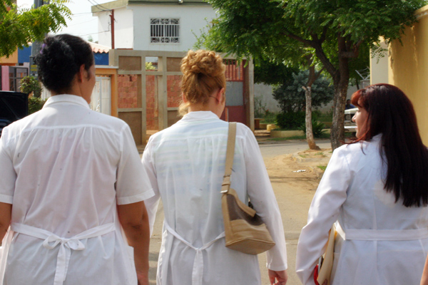 barrio-adentro-2009-12-19-16941