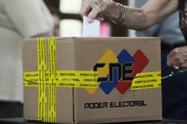 Desde las 3 de la madrugada, Venezuela decide.