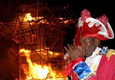 fiesta-fuego. quema del diablo4e1af4950d49c