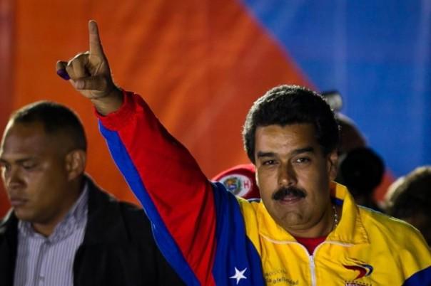 Capriles sólo iba a creer el el CNE si él ganada, pero la victoria fue para Maduro, así que dice !fraude!