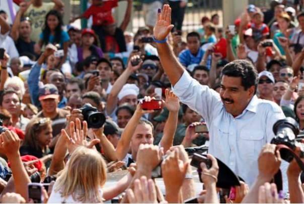 """""""Si hubiera perdido con un solo voto hubiera entregado la presidencia, pero gané y eso hay que respetarlo"""", dijo el mandatario que completará el periodo presidencial iniciado por Chávez."""