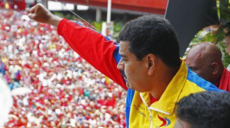 Nicolas-Maduro-Republica-concentracion-Reuters_NACIMA20130311_0356_6