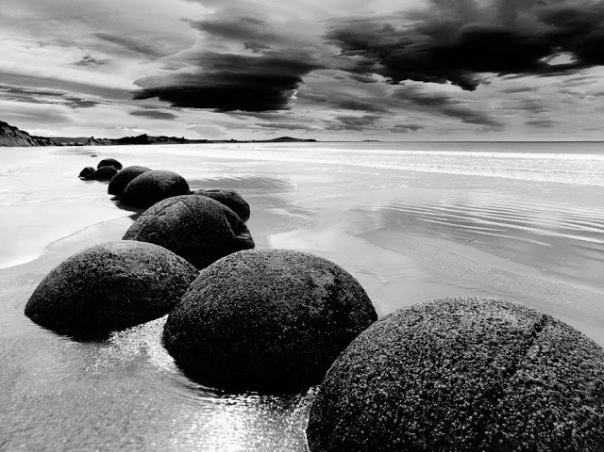 playa_en_blanco_y_negro_1024x768-409640