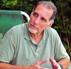 René está obligado a permanecer en Miami otros tres años en el régimen de libertad supervisada.
