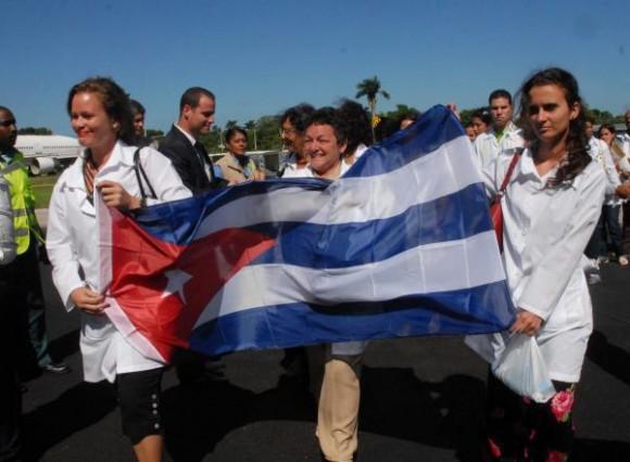 En Venezuela hay muchos cubanos en misiones sociales