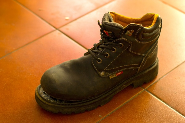 Zapatos rotos