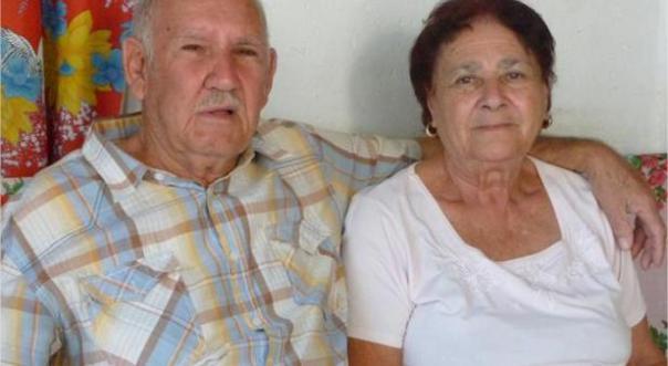 Íñigo junto a su esposa, Hilda Pérez