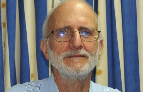Alan Groos hace unas semanas inició una huelga de hambre por la inactividad de su gobierno para resolver su situación.