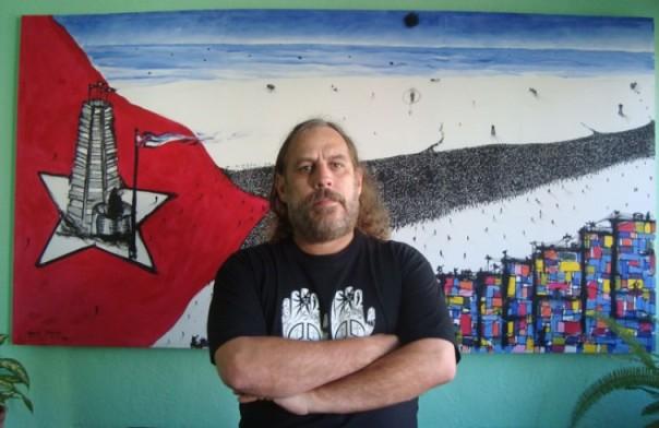 Frank-Delgado-y-la-bandera--755x490