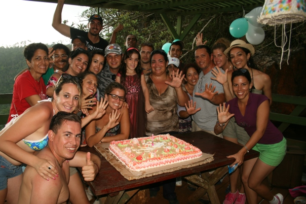 Cumpleaños de Isabella con cake